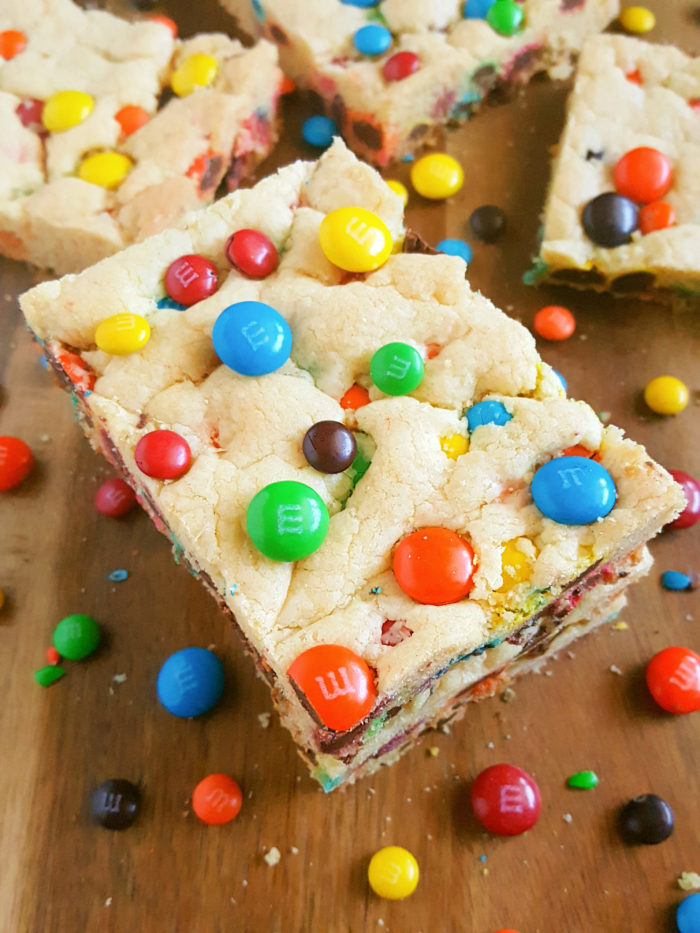 4 Ingredient Chewy M Amp M S Cookie Bars Beat Bake Eat