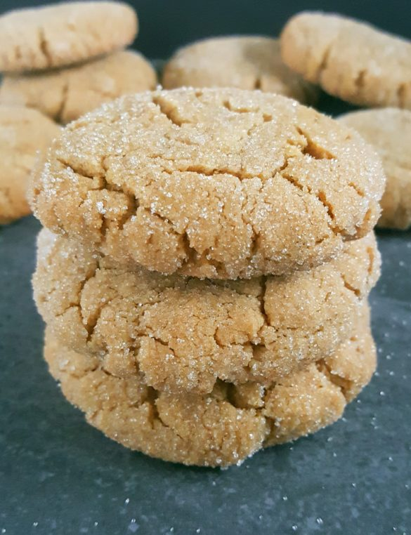Soft & Chewy Peanut Butter Cookies Recipe (Dairy-Free) – Easy recipe, simple ingredients, no chilling required, and ready in less than 20 minutes! | Beat Bake Eat