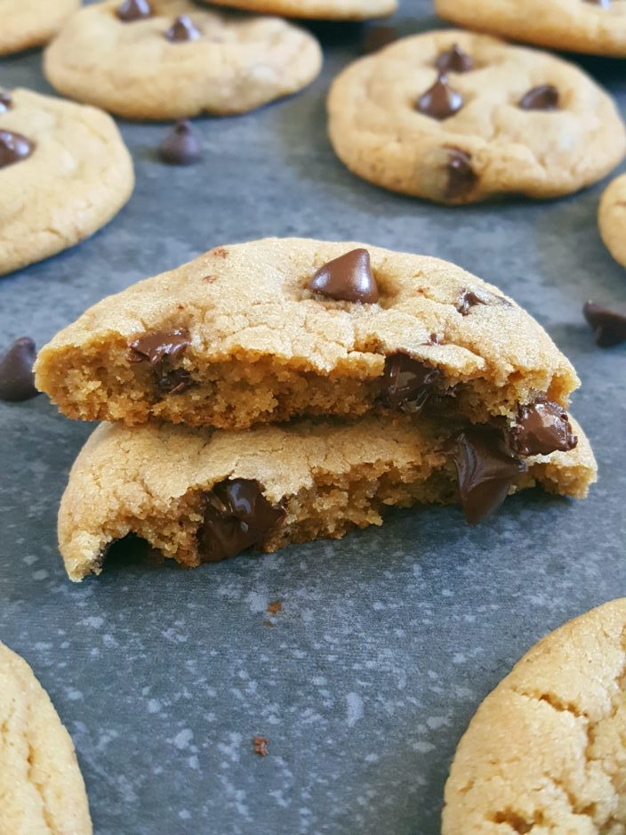 Best Chewy Chocolate Chip Cookies Recipe - Chewy chocolate chip cookies with baking powder and baking soda, made with brown sugar, no chilling required, and easy to make. | Beat Bake Eat