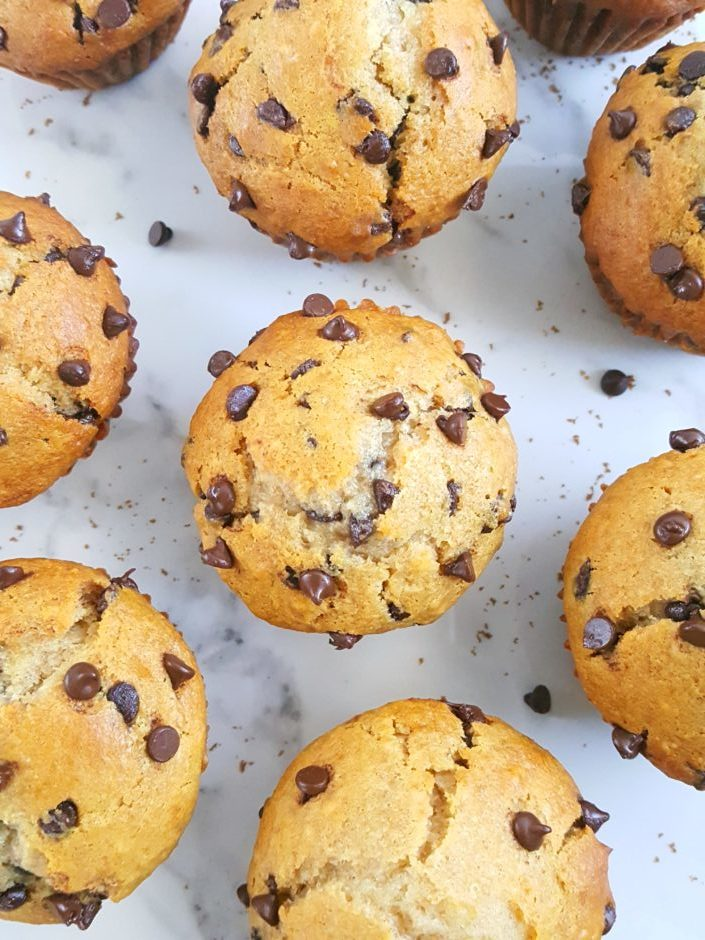 Healthy Greek Yogurt Chocolate Chip Muffins - No sugar, extra protein, oil instead of butter, sweetened with honey/maple syrup & easy to make. Perfect for a clean-eating breakfast or snack! | Beat Bake Eat