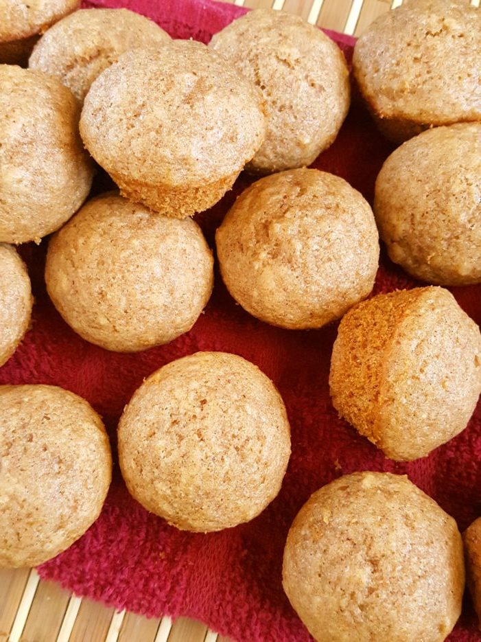 Mini Healthy Applesauce Muffins (Toddler-Friendly) - Quick & easy to make. Made with oil, brown sugar, cinnamon, honey or maple syrup, and whole wheat flour. A healthy, cleaning eating breakfast or snack for kids, toddlers, and baby!   Beat Bake Eat