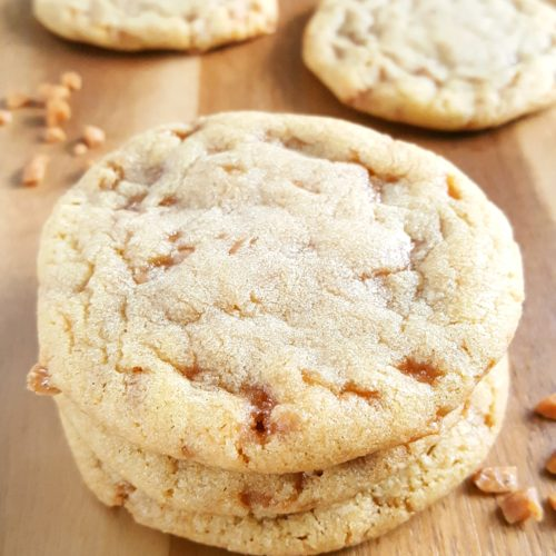 Best Ever Chewy Toffee Bit Cookies - Easy recipe for soft & chewy cookies with toffee bits & brown sugar. A simple yet rich, flavorful, & delightfully sweet dessert.   Beat Bake Eat