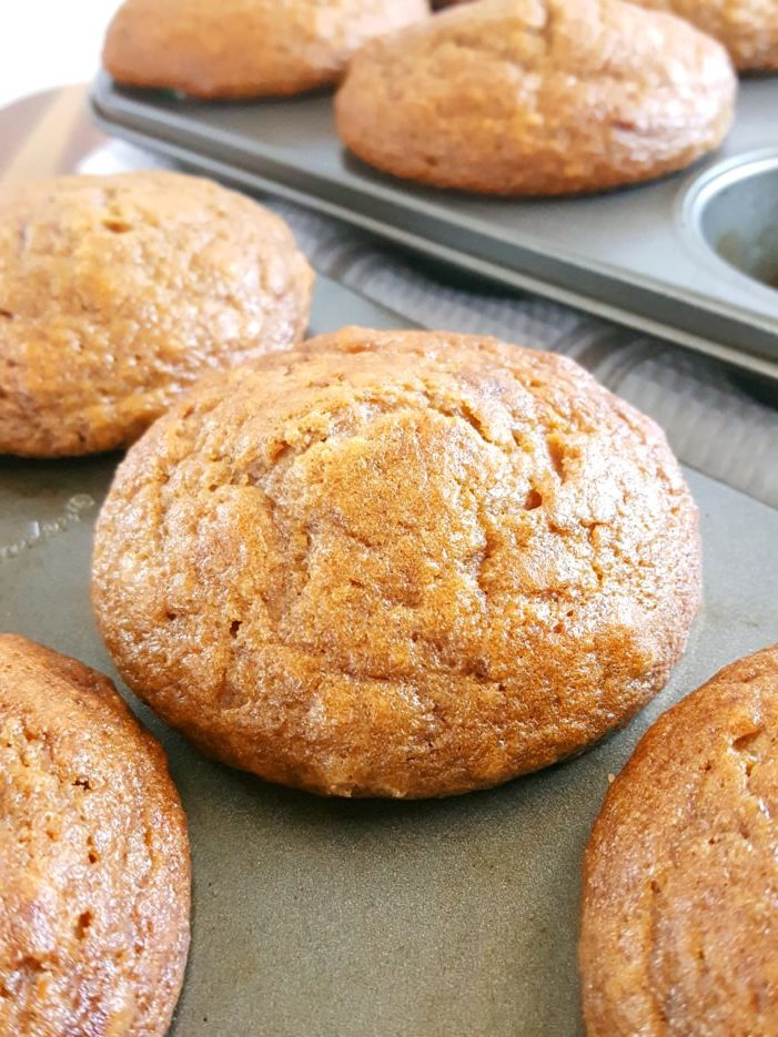 Sour Cream Applesauce Muffins - Moist bakery style apple cinnamon muffins made with sour cream, oil, unsweetened applesauce, and brown sugar. An easy, simple, one bowl recipe. | Beat Bake Eat