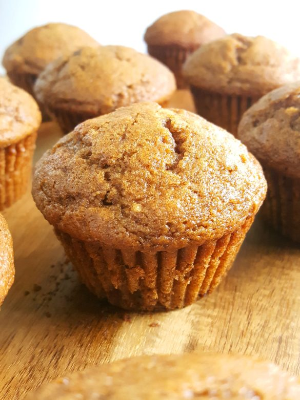 Pumpkin Applesauce Muffins - Moist pumpkin apple muffins made with oil, brown sugar, and no dairy. Easy to make, ready in 30 minutes, and perfect for a Fall breakfast for snack! | Beat Bake Eat