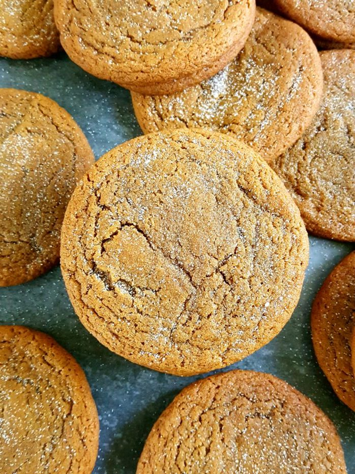 Brown Sugar Molasses Cookies - Soft & chewy homemade ginger molasses cookies made with butter, brown sugar, and spices (no cloves). Easy recipe, simple ingredients, perfect for the holidays. | Beat Bake Eat