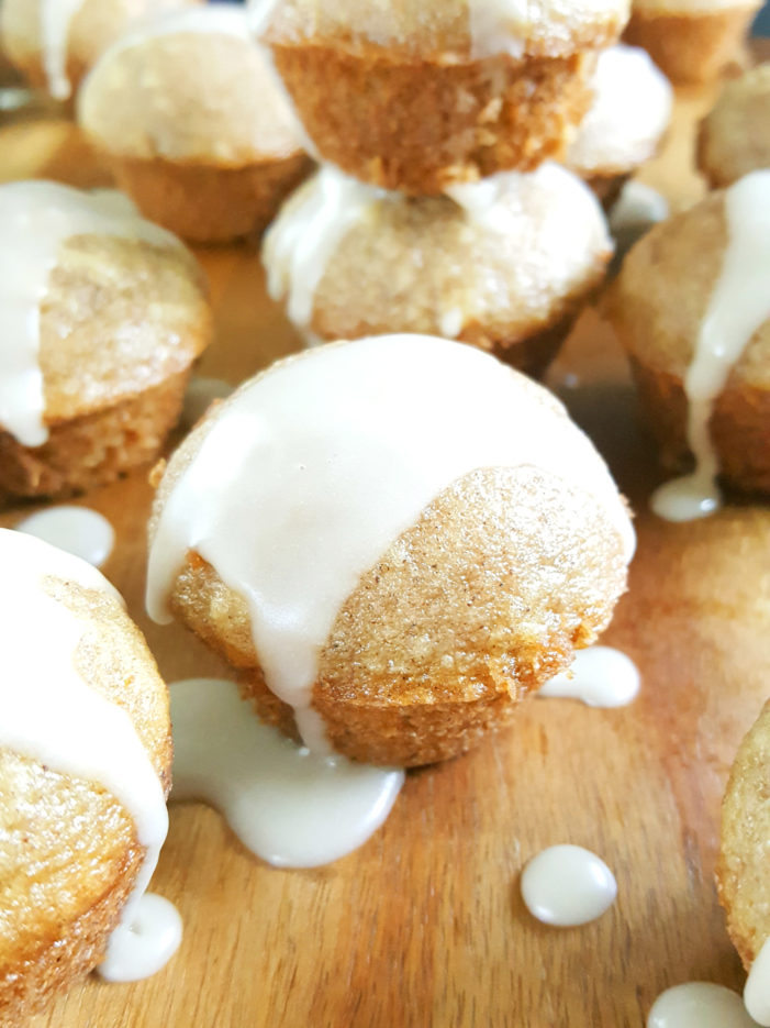 Glazed Mini Old-Fashioned Sour Cream Donut Muffins - This easy recipe for baked homemade donut muffins is packed with flavor & perfectly spiced. Simply delicious without frying in oil! | Beat Bake Eat