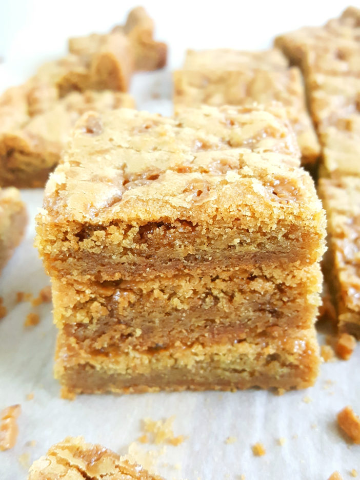 Toffee Bit Cookie Bars - Best soft & chewy, gooey bars packed with brown sugar and caramel flavor. So easy to make and taste like blondies. Grab a 9x13 inch pan and whip up a batch today! | Beat Bake Eat