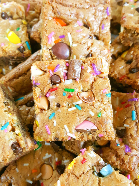 Cookie Bar Base Recipe - The best recipe for soft & chewy, gooey cookie bars. Simple, easy to make, & perfect for adding chocolate chips, M&M's, or your favorite candy bars!   Beat Bake Eat
