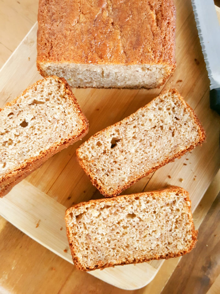 Banana Bread Recipe without Baking Soda - Easy to make, simple ingredients, no mixer, & only 8 minutes prep. Here, baking powder is used as a substitute. | Beat Bake Eat